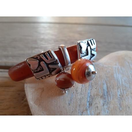 bracelet cuir épais, perles filées au chaluemau