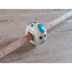 Perle en verre filé au chalumeau
